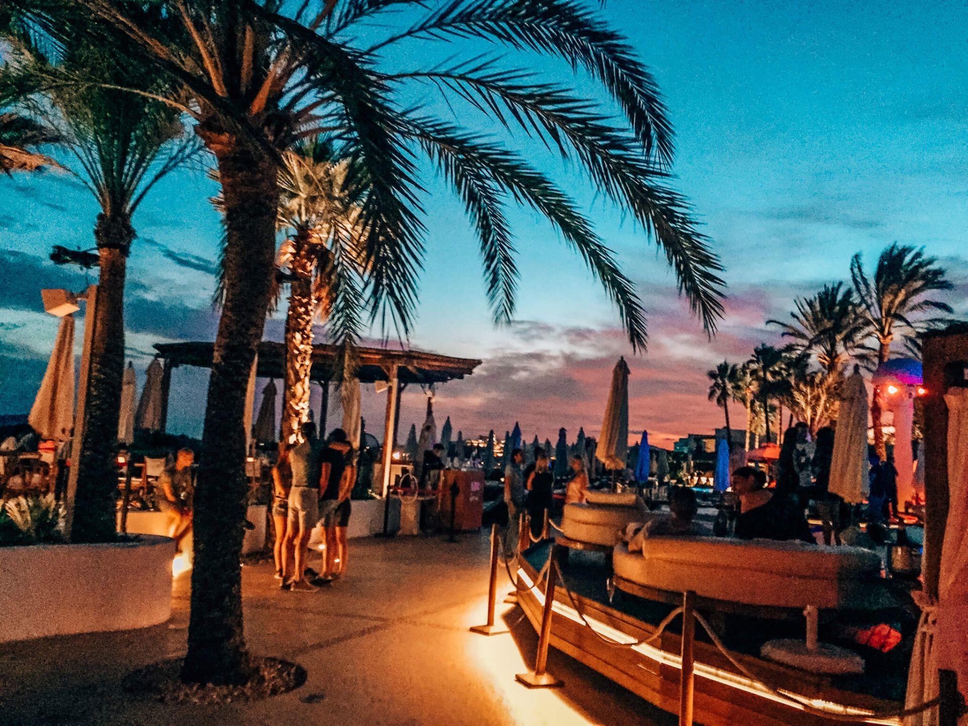 Beachclub und Luxushotel Destino Talamanca