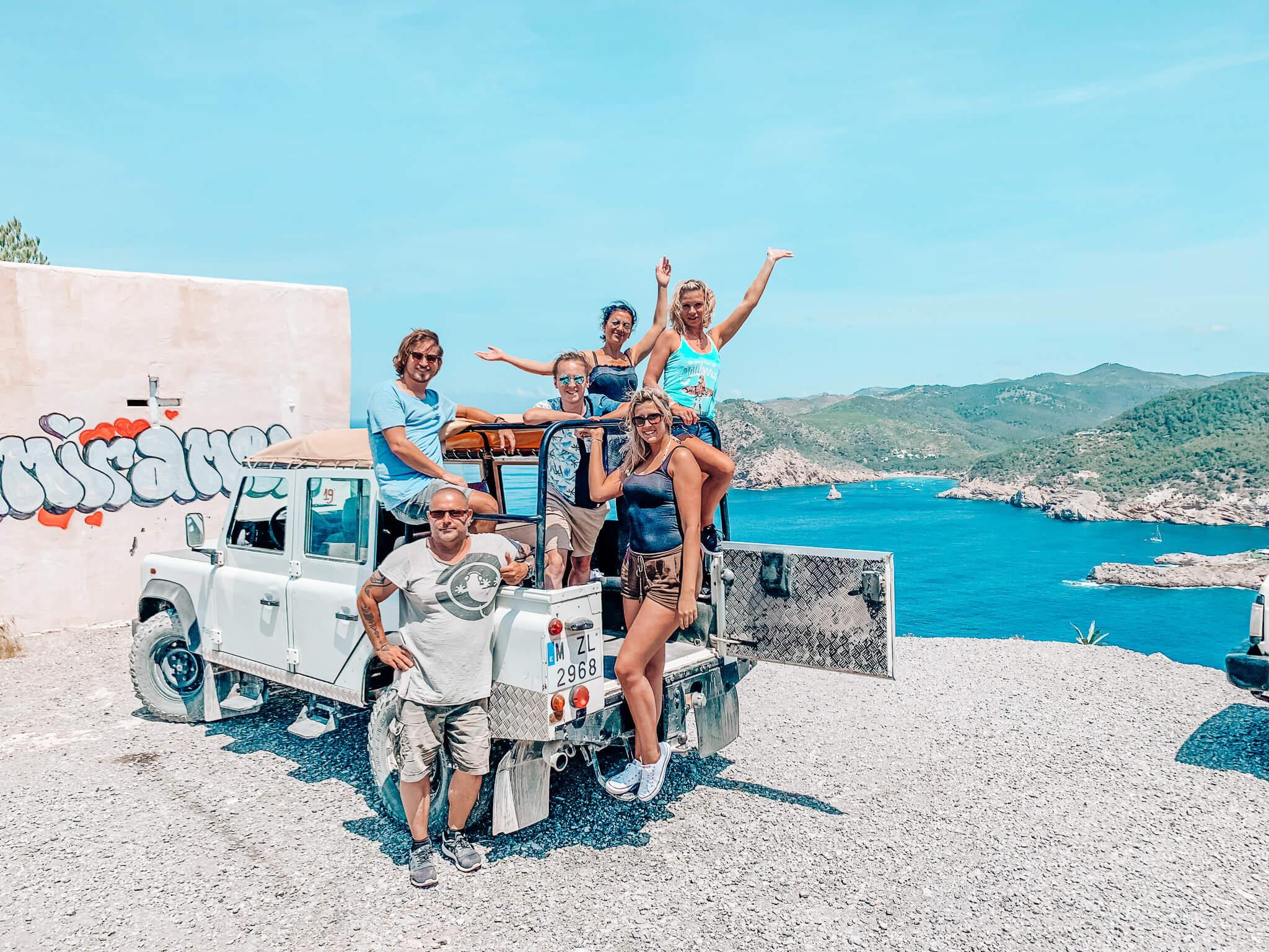 Entdecke Ibiza auf einer Jeepsafari